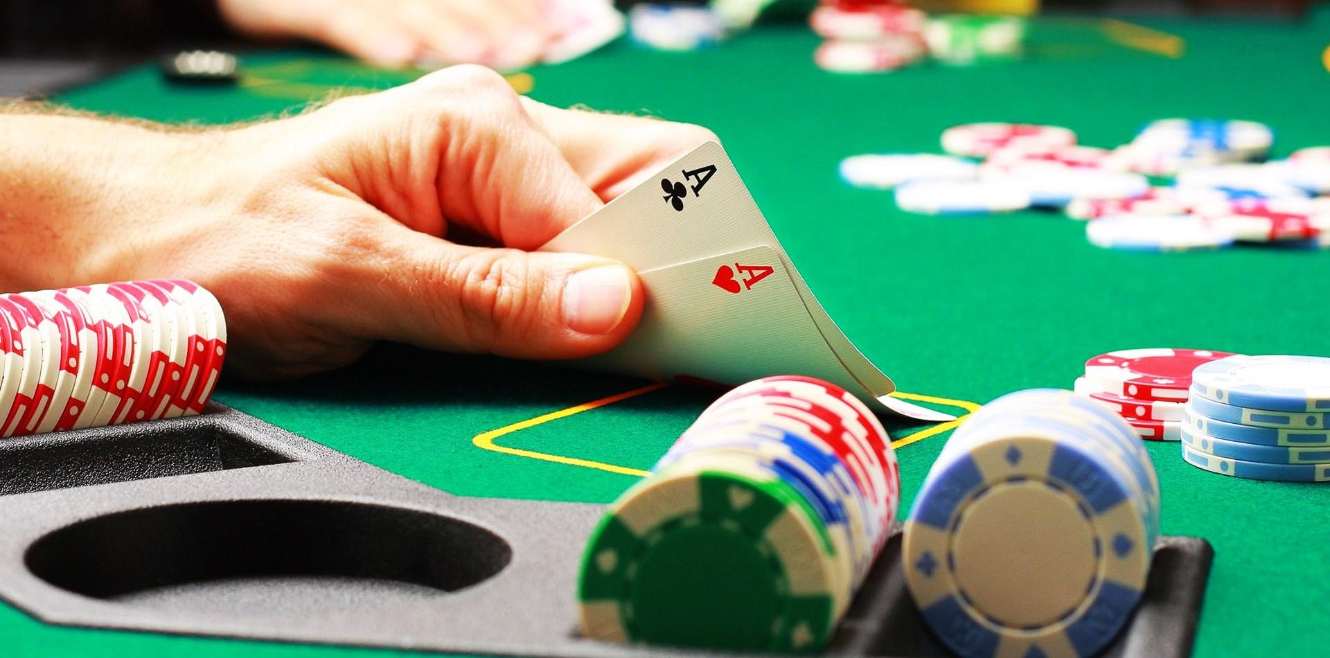 Poker Casino online 220250